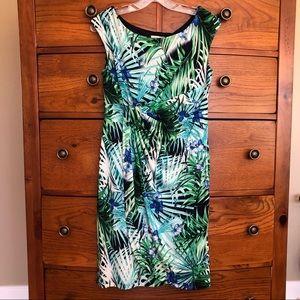 DRESSBARN Sadie Wrap Dress Green Tropical 8P EUC